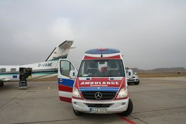 Medical Air Service Assistance GmbH & Co KG, Ambulance auf dem Rollfeld